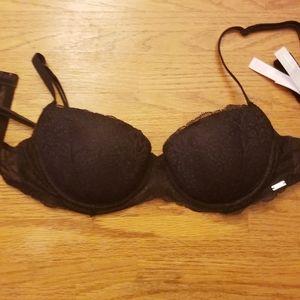 Victoria's secret pink lace bra
